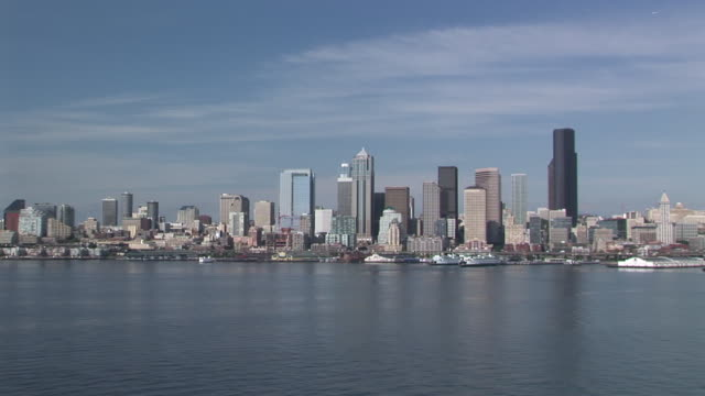 ws, zi, seattle skyline with puget sound in foreground, seattle, washington, usa - puget sound stock videos & royalty-free footage