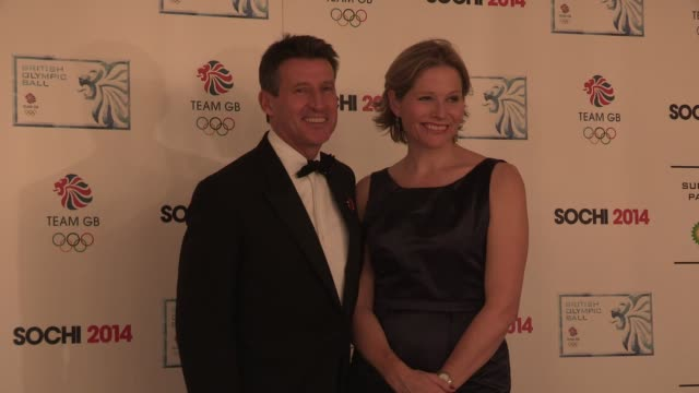 vídeos de stock, filmes e b-roll de sebastian coe at the british olympic ball at the dorchester on october 30 2013 in london england - sebastian coe