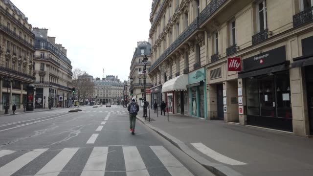 second day of confinement on march 18 2020 in paris france - avenue de l'opera stock videos & royalty-free footage