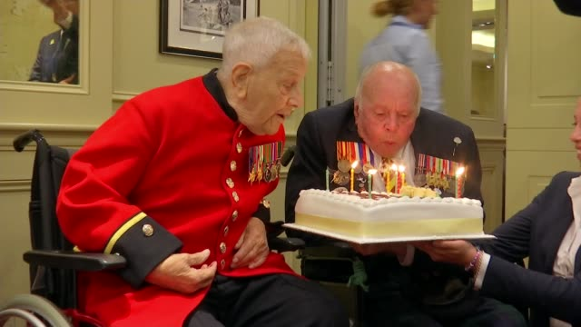 Second World War veterans Jeffrey Hayward and George Parsons turn 100 ENGLAND London Lambeth Union Jack Club PHOTOGRAPHY** George Parsons and Jeffrey...