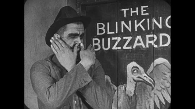 vídeos y material grabado en eventos de stock de 1921 secret gang plans assassination - alto descripción física