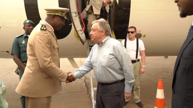 un secretary general antonio guterres arrives in sevare central mali on the second day of his visit to the country where the united nations is... - governmental occupation stock videos & royalty-free footage