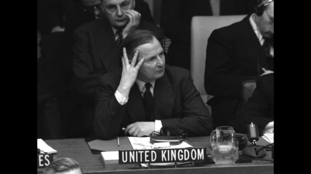 vídeos de stock e filmes b-roll de secretary of state dean acheson, uk representative and secretary general of un gladwyn jebb, ussr foreign minister andrey vyshinsky at seats as they... - krishna menon