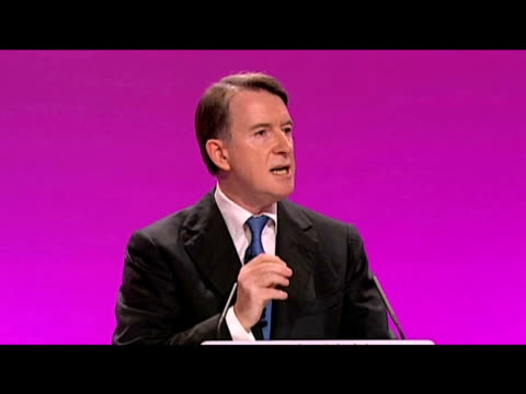 vídeos de stock e filmes b-roll de secretary of state for business lord mandelson addresses delegates at labour party's annual conference 28 september 2009 - conferência partidária