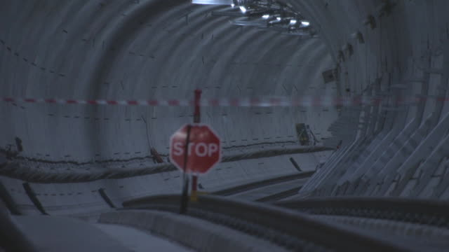 secretary of state for transport chris grayling finishes the construction of the elizabeth line crossrail project on september 14 2017 in london... - クロスレール路線点の映像素材/bロール