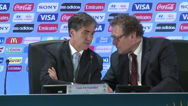 fifa secretarygeneral jerome valcke said thursday that the stadium of curitiba for the world cup should be delivered for late april or early may... - brasile meridionale video stock e b–roll