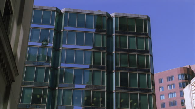 ms la section of high-rise buildings - fensterfront stock-videos und b-roll-filmmaterial