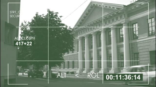 vídeos y material grabado en eventos de stock de security camera, city street / 4k - imagen virada