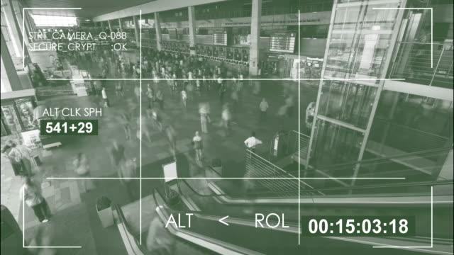 vidéos et rushes de security camera,  interior train station / 4k - activité