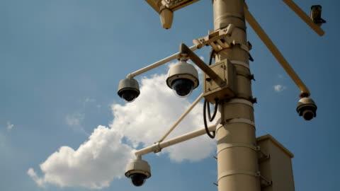 säkerhetskameran - övervakningskamera bildbanksvideor och videomaterial från bakom kulisserna