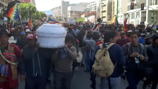 security forces intervene in protesters due to their march to murillo square for a funeral procession for the people killed during clashes between... - evo morales stock videos & royalty-free footage