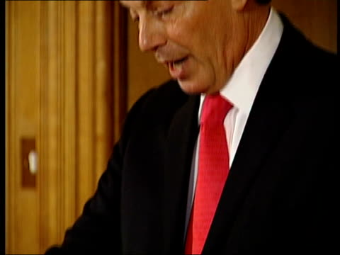 head of mi5 comments on british terrorist attacks; file / tx 5.8.05 london: downing street: tony blair mp speech sot - let no-one be in any doubt the... - mp点の映像素材/bロール