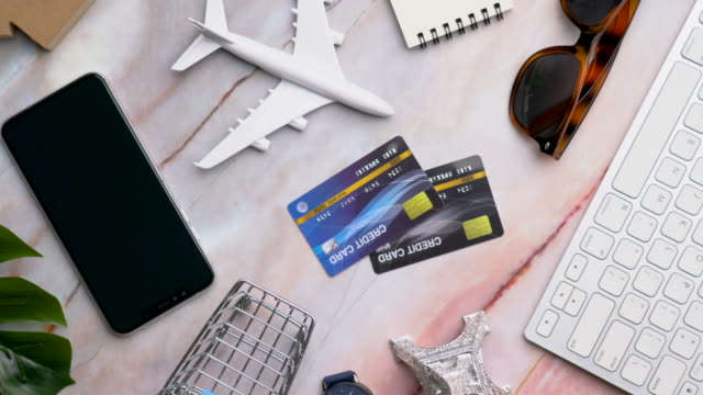 4k security key credit card payment for online shopping: dolly shot - electronics stock videos & royalty-free footage