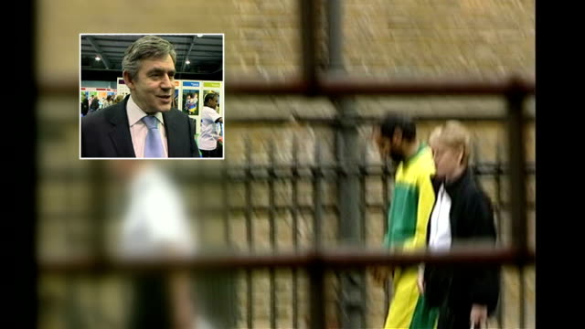stockvideo's en b-roll-footage met security services alleged to have bugged mp's conversations with prisoner various locations babar ahmad along in handcuffs / inset gordon brown mp... - bewegingsbeperkende middelen