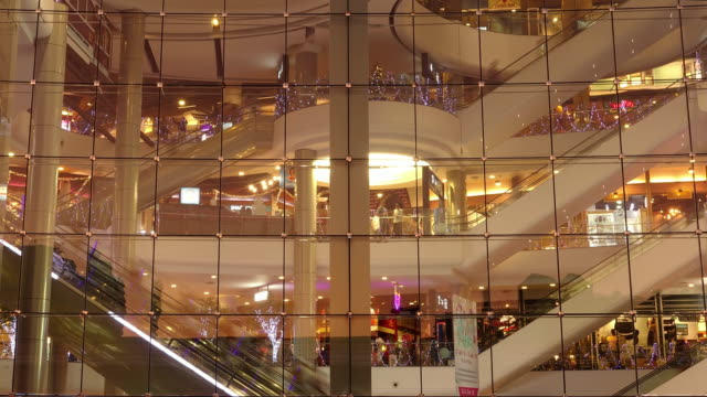 see through shopping mall time lapse - boutique stock videos & royalty-free footage
