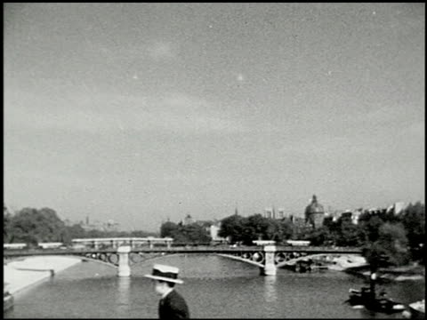 seeing paris: part one: on the boulevards - 9 of 12 - prelinger archive stock-videos und b-roll-filmmaterial