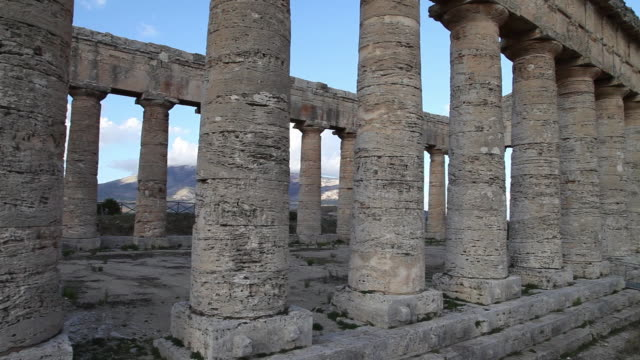 segesta, the doric temple from the 5th century b.c. - circa 5th century stock videos & royalty-free footage