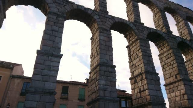 segovia spain aqueduct - segovia stock videos & royalty-free footage