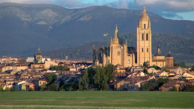 segovia spain cathedral in the sunset - segovia stock videos & royalty-free footage