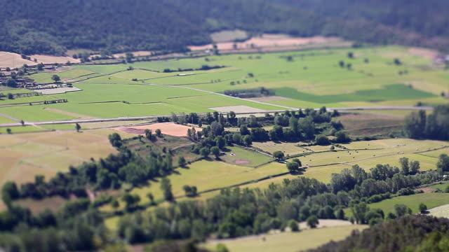 Segre river valley, Pla de San Tirs miniaturized.