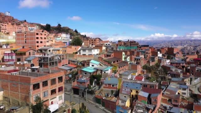 segun gloria quino una dirigente del barrio villa san antonio en bolivia hay mas interes entre algunos vecinos por acumular la lluvia en tanques de... - agua stock videos & royalty-free footage
