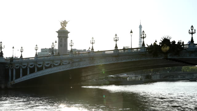 seine paris - ponte video stock e b–roll