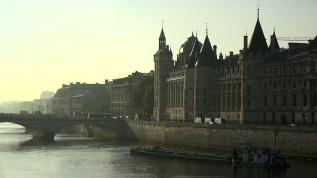 Seine River and Conciergerie, Ile de la Cite, Paris, France, Europe
