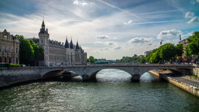 seine river and pont au change in paris, france - river seine stock videos & royalty-free footage