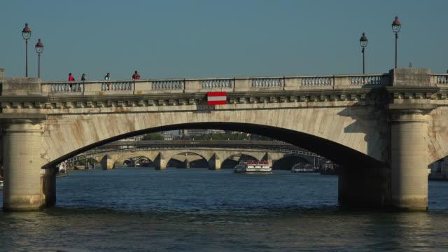 Seine River and Pont de la Concorde, Paris, France, Europe