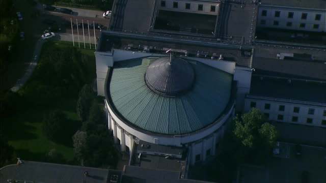 stockvideo's en b-roll-footage met sejm's buildings in wiejska street. - parliament building