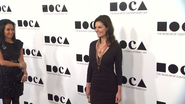 sela ward at the the museum of contemporary art los angeles presents the annual moca gala at los angeles ca - los angeles museum of contemporary art stock videos and b-roll footage