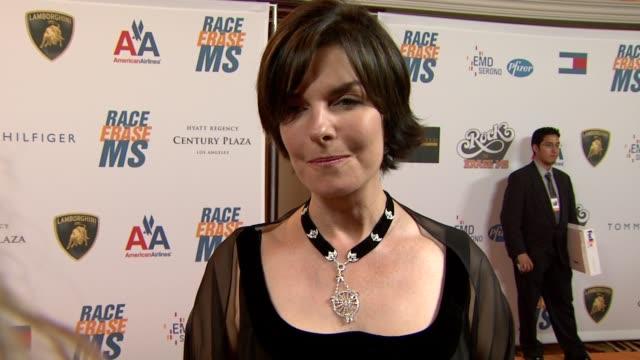vídeos de stock e filmes b-roll de sela ward on being a part of the night, what she appreciates about the work nancy davis does, what she's most looking forward to at the 16th annual... - race to erase ms