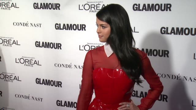 selena gomez at glamour magazine's 25th annual women of the year awards at carnegie hall on november 09 2015 in new york city - 2015 stock videos & royalty-free footage