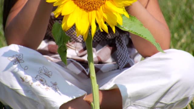 Selena's Sunflower Tilt Up