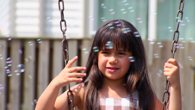 "Selenas Swing and Bubbles ""2"