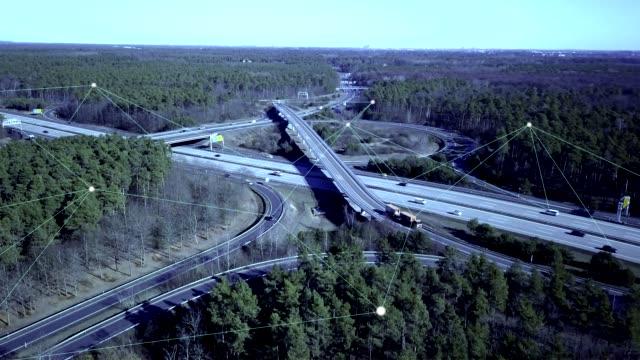 高速道路上の自動運転車 - 自動化点の映像素材/bロール