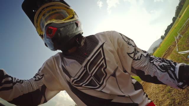 selfie arm motocross enduro bike outdoor - 音声あり点の映像素材/bロール