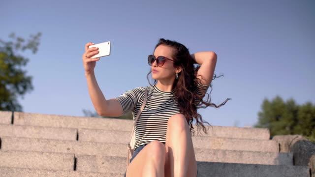 selfie/ krakow/ poland - 自画像点の映像素材/bロール