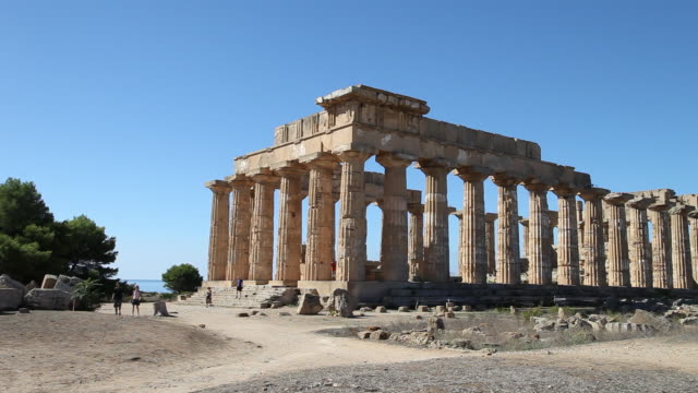 selinunte, general view of temple e, temple of hera, from the 5th century b.c. - circa 5th century stock videos & royalty-free footage