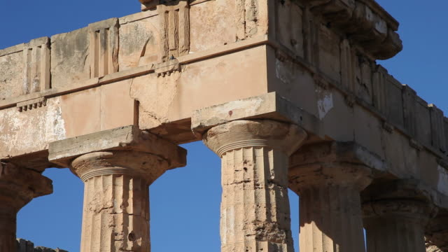selinunte, temple of hera (temple e) in the ancient greek city - old ruin stock videos & royalty-free footage