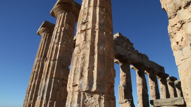 selinunte, the facade of temple e, temple of hera, from the 5th century b.c. - column stock videos & royalty-free footage