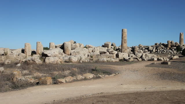 Selinunte, view of temple F, from the 6th century B.C.