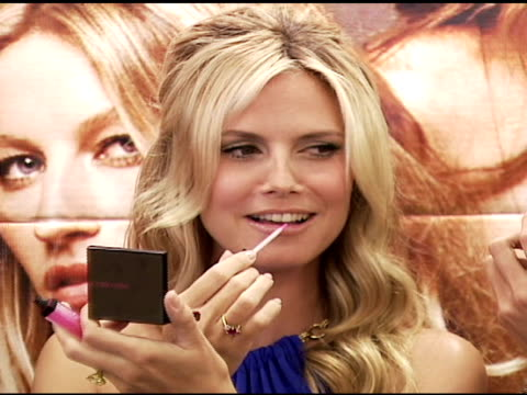 selita ebanks karolina kurkova alessandra ambrosio heidi klum and izabel goulart at the victoria's secret launch of very sexy makeup exclusively at... - karolina kurkova stock videos and b-roll footage