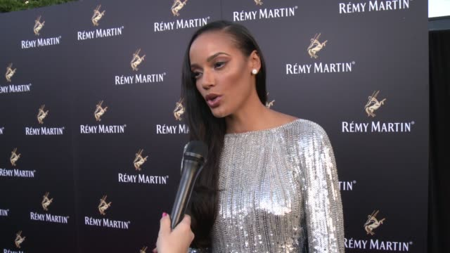 selita ebanks on her favorite way to drink remy martin, on who she is excited to see tonight, on her upcoming projects or summer plans at rémy martin... - wap stock videos & royalty-free footage