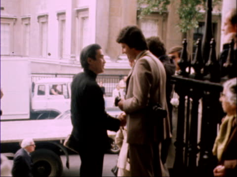 london st martinsinthefield cms le mesurier arrives lr pan sir laurence olivier arrives ms bruce forsythe and wife anthea in lr ms burt kwouk talking... - harry secombe stock videos and b-roll footage