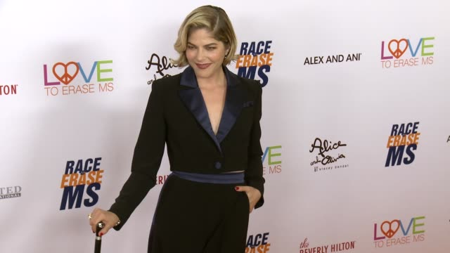 selma blair at the 26th annual race to erase at the beverly hilton hotel on may 10, 2019 in beverly hills, california. - the beverly hilton hotel stock videos & royalty-free footage