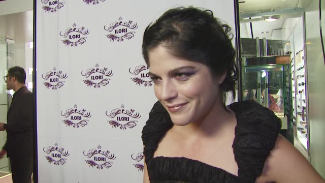 selma blair on what she's wearing, why she wanted to be a part of the evening with illori and valerie steele, what she appreciates about gothic style... - molly shannon stock videos & royalty-free footage