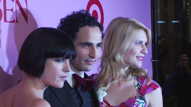 selma blair zac posen and claire danes at the zac posen celebrates launch of the zac posen for target collection at new york ny - claire danes stock videos and b-roll footage