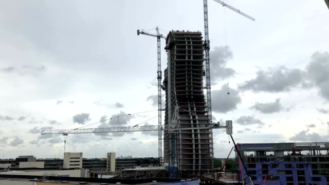 seminole hard rock hotel & casino is under construction. the new hotel and event center is designed to look like a real guitar. - ハードロックカフェ点の映像素材/bロール