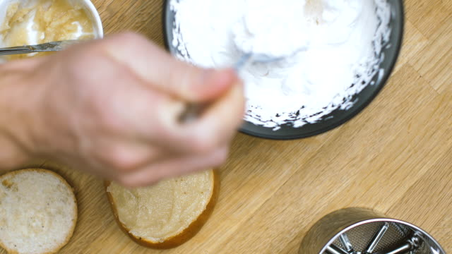 stockvideo's en b-roll-footage met semla: traditionele zweedse gebak - table top view